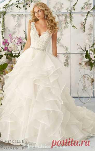 Самые красивые свадебные платья весны 2021 года