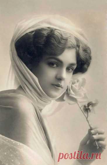 Красивые девушки мира на открытках 1900-х годов Смотреть полностью https://kaleidoscopelive.ru/planeta/krasivye_devushki..