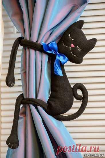 """Декоративные подушки своими руками ( добавила бонусы-МК как пошить расслабляющую ортопедическую подушку и как пошить подушку""""спящая кошка"""")"""
