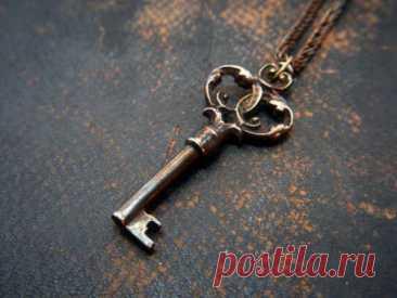 «Ключ удачи» - сильный ритуал на успех, благополучие и исполнение желаемого Ритуал «Ключ удачи» поможет в обретении успеха и благополучия, но чтобы достичь желаемого результата, важно знать о некоторых правилах.