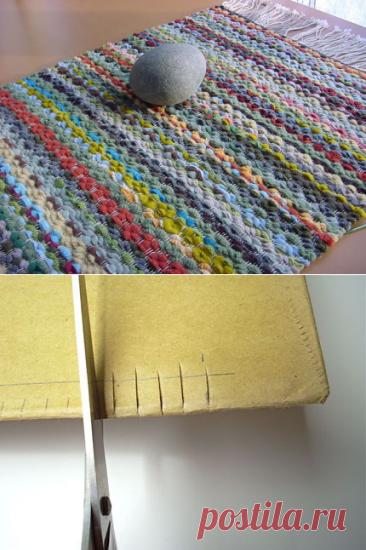 ¡Como hacer el telar del tenedor y kartonki y tejer el tapiz pequeño … se Acordaremos del arte de nuestras abuelas!