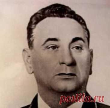 Сегодня 17 октября в 1903 году родился(ась) Андрей Гречко