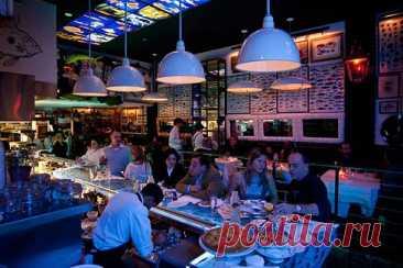 Le Chateaubriand - DYNASTY OF CHEFS То, что в Париже много знаменитых ресторанов со звездными шеф-поварами и первоклассной французской кухней, знают все. Любой из них —