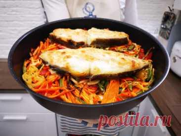 Рыба запеченая с овощами «по-гречески», делается быстро и просто за 30 минут   Рекомендательная система Пульс Mail.ru