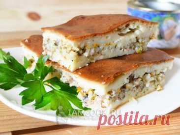 Вкусный и сытный заливной рыбный пирог на кефире и майонезе с рисом и консервированной рыбой в начинке. Попробуйте!