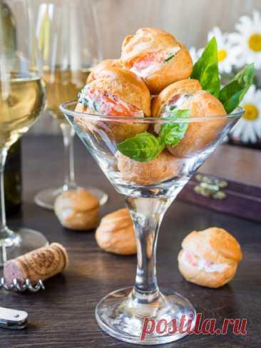Рецепт профитролей со сливочным сыром и лососем на Вкусном Блоге