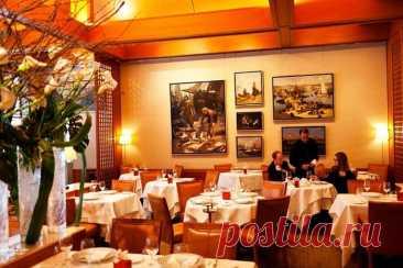 Le Bernardin - DYNASTY OF CHEFS Ресторан международной кухни, специализирующийся на морепродуктах. Родина этого заведения (как и его шеф-повара) — утонченная Франция. Le Bernardin объединил изящество