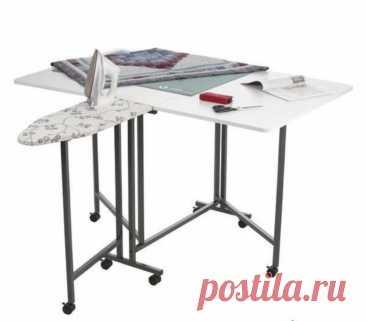 Раскладной стол для шитья и ВТО Раскладной стол для шитья и ВТОБезусловно, для наших маленьких квартир этот стол самый удобный для раскроя и шитья.Маленькую гладильную доску к нему можно купить, например,в Икеа.