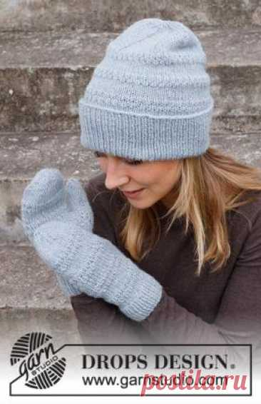 Комплект Жемчужный эликсир Чудесный комплект для женщин из шапки и варежек, связан из смесовой шерстяной пряжи спицами 4 мм. Шапка и варежки вяжутся...