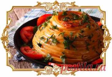 #Тимбаль #с #курицей  Удивите своих близких и приготовьте вместо привычных макарон с мясным соусом такую эффектную запеканку.  Время приготовления: Показать полностью...