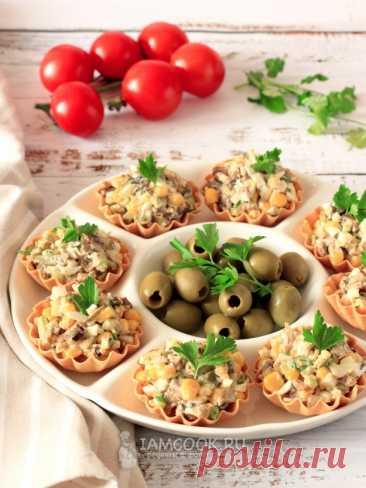 Тарталетки со шпротным салатом — рецепт с фото пошагово