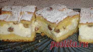 Очень быстрый и простой творожный пирог с изюмом: смешал и готовь!