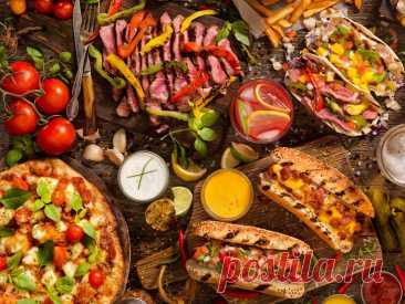 Продукты, которые не стоит есть вместе Вспоминаем наш обыденный (и не очень) рацион питания, чтобы раз и навсегда разобраться: какие пищевые сочетания приносят вред, а не пользу.