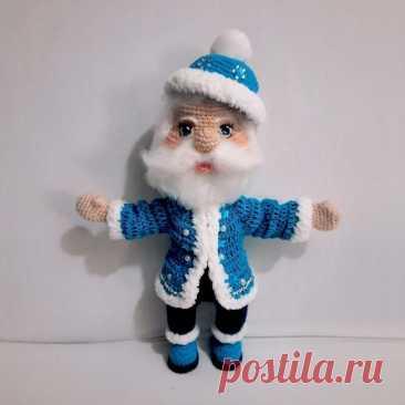 Амигуруми Дед Мороз крючком схема вязания с описанием работы Вязаный амигуруми Дед Мороз крючком от автора схемы вязания Яжинской Галины. Для вязания Деда Мороза Вам понадобится пряжа Nako Paris цвет белый 208,