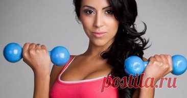 Лучшие упражнения для поднятия вашей груди - Журнал Советов Эти упражнения могут помочь вам развить мышцы груди без хирургии. Жим от грудимяча Сядьте прямо на стул и убедитесь, что ваша спина прямая и ваш пресснапрягся.Держите мяч на уровне груди и нажимайте на мяч. При нажатии на мяч, выравнивайте руки медленно, держамяч прямо перед вами, пока руки не станут прямыми. Держите постоянное давление на мяч. […]