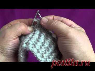 Как связать носки на 2х спицах часть 2 - узор ГУСИННЫЕ ЛАПКИ - YouTube