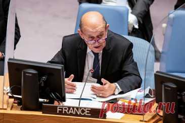 Франция призвала к скорейшему восстановлению иранской ядерной сделки. Глава МИД Франции Жан-Ив Ле Дриан, выступая на Генеральной ассамблее ООН, призвал к скорейшему возобновлению переговоров по восстановлению иранской ядерной сделки — Совместного всеобъемлющего плана действий. «Что касается продолжения иранской ядерной программы, то она требует от нас большой твердости», — заявил он.