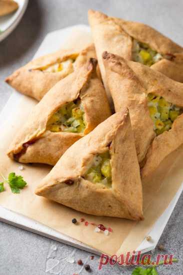 Курник с курицей и картофелем рецепт с фото пошагово Курник с курицей и картофелем - пошаговый кулинарный рецепт приготовления с фото, шаг за шагом.