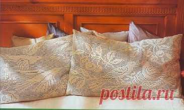 Красивые подушки с птицами