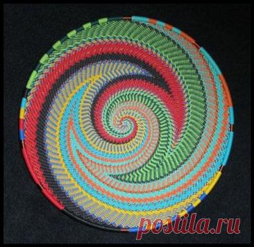 Красивые салфетки, связанные по спирали крючком