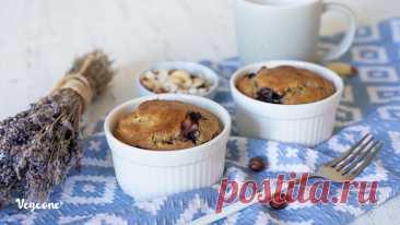 Гречневые кексы со смородиной - рецепт веганский от Vege.One