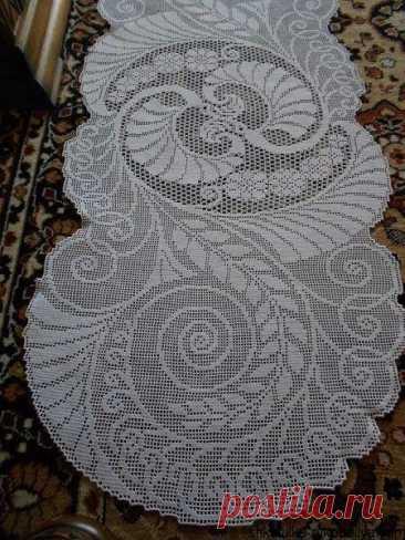 Красивая ажурная салфетка в филейной технике