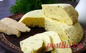 Домашний сыр к завтраку за 15 минут. Делаем из 2 литров молока и 500 граммов сметаны - Steak Lovers - медиаплатформа МирТесен