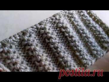Пример роскошного объёмного узора спицами для тёплых шапок, свитеров