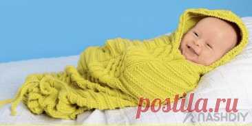 Вязаный спальный мешок для малыша с завязками Вязаный спальный мешок для малыша с завязкамиШнуровка у ножек обеспечивает удобство при использовании этого спального мешка для новорожденных, ведь малыша будет очень легко переодеть. РАЗМЕР50–56ВАМ ПОТРЕБУЕТСЯПряжа (55% шерсти, 33% акрила, 12% кашмирской шерсти; 125 м/50 г) – 350 г желтой; спицы №