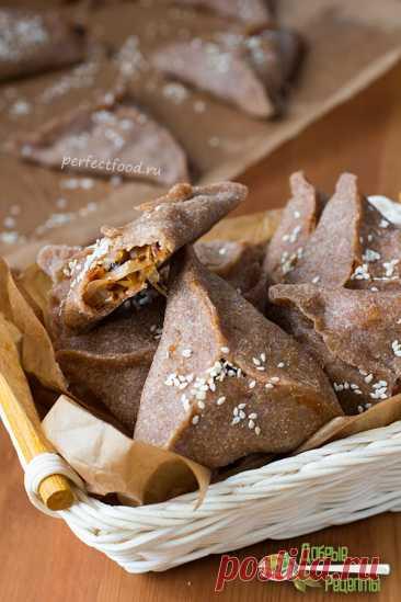 Треугольные пирожки с капустой - рецепт с фото и видео. Пирожки постные, веганские | Вегетарианские рецепты с фото на каждый день. Добрые рецепты от Елены