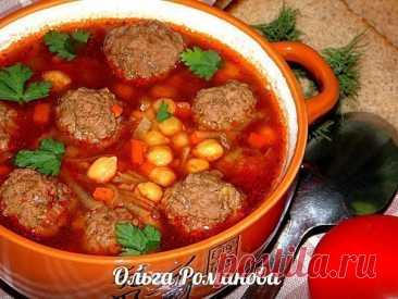 La elección de ostentación de los primeros platos de Olga Romanovoy