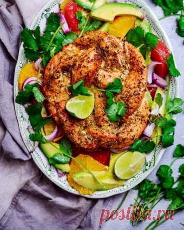 Венок из семги с цитрусовым салатом