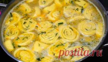 Суп на каждый день, варю его чаще других! Всегда всё есть под рукой Уникальность этого супа в простоте приготовления, да и продукты все можно купить по доступной цене. Суп получится насыщенный, сытный, ароматный и будет иметь аппетитный вид. Готовим супчик: Промойте горох и засыпьте его в кастрюлю с водой. Возьмите кастрюлю на 3 литра. Поставьте вариться горох. А тем временем подготовим мясо. На хорошо разогретой сковородке обжарьте любые […]