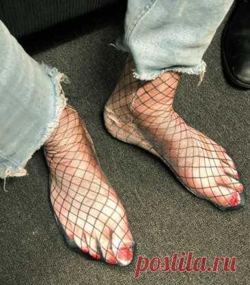 12 фото по-настоящему ужасной одежды и обуви -