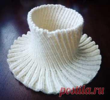 Женская круговая манишка - запись пользователя Анна Смурова (eapanny) в сообществе Вязание спицами в категории Шапки, береты, снуды, шарфы для женщин - Babyblog.ru
