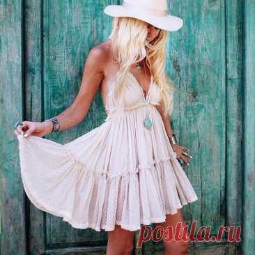 Без бретелек в стиле «Бохо пляжное мини платье