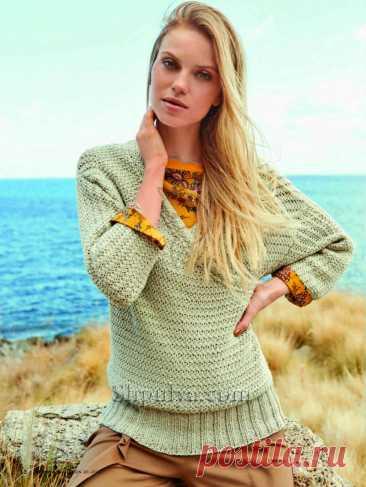 Вязаный пуловер в мелкую «косичку» с эффектом запаха