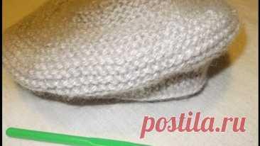 Вязание спицами детского берета / Платочное вязание .