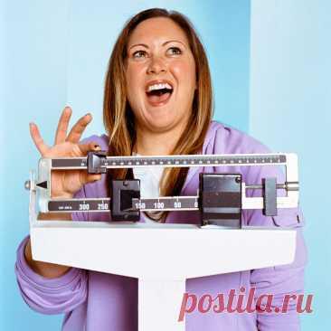 Сколько должна весить женщина после 50 лет, чтобы быть здоровой Забота о своем весе это, в определенном возрасте, не вопрос красоты и кокетства, но вопрос качества жизни. Если ваш вес превышает норму, вы жестоко поплатитесь за это многими показателями здоровья. От лишних кило будут страдать ваши суставы, ваш обмен веществ, возрастет риск сердечных болезней, инсультов, диабета. Поэтому заведите весы и следите за своими килограммами. Итак, […] Читай дальше на сайте. Жми подробнее ➡