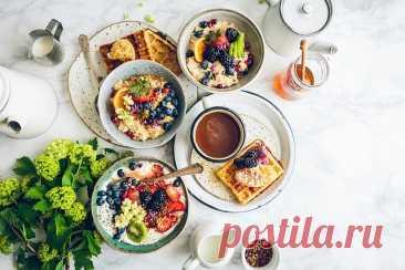 5 популярных завтраков, которые вредны для здоровья - Мужской журнал JK Men's Завтрак невероятно важен для организма. Даже известная пословица гласит, что его нужно съесть самому. Правильный завтрак положительно влияет на организм.