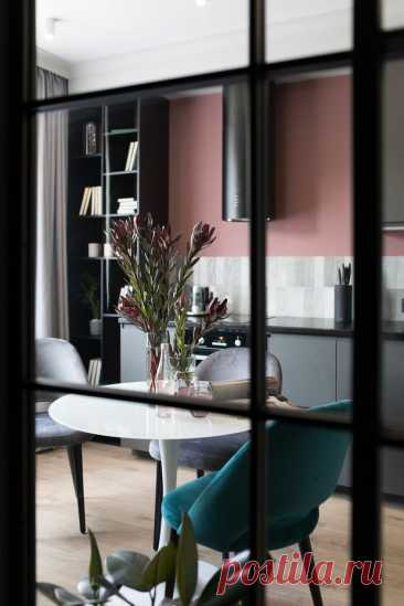5 очень красивых квартир, в которых напольное покрытие – ламинат   Рекомендательная система Пульс Mail.ru