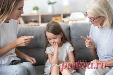 10 привычных фраз, которые калечат жизнь детей