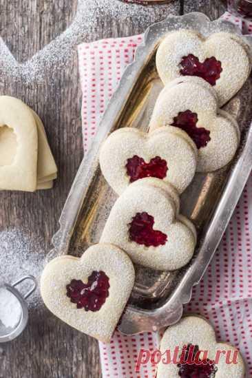 """Печенье """"Сердечки"""" с малиновым вареньем рецепт с фото - Приглашаем к столу"""