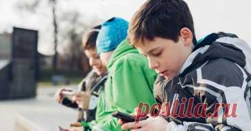 10 причин не давать телефон в руки детям до 12 лет - Образованная Сова В век компьютерных технологий проблема зависимости детей от гаджетов становится как никогда острой. Многие, наверное, не раз наблюдали картину, когда родители суют ребенку смартфон, чтобы от него «отделаться». «Вот тебе, умник, мультики, и отстань от родителей!» — это так знакомо, не правда ли? Дети быстро привыкают. Пока гаджет в руках, не издают ни звука, но …