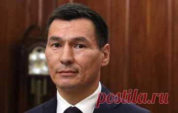 Глава Калмыкии Бату Хасиков отказался от мандата депутата Госдумы. Он останется на должности главы республики