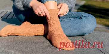 Узорные носки спицами Vitrail - Вяжи.ру
