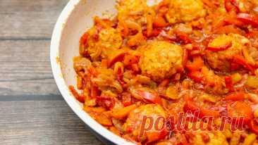 Ужин за 20 минут на каждый день, гарнир можно не готовить. Тефтели с овощами (двойная экономия) | Евгения Полевская | Это просто | Яндекс Дзен
