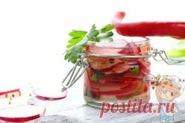 Маринованный редис быстрого приготовления - рецепт на зиму Маринованный редис – пикантная кисло-сладкая закуска, которая отлично гармонирует с различными блюдами. Мариновать можно и летом, и даже осенью.