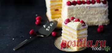 """Быстрый малиновый торт с кремом маскарпоне и белым шоколадом - рецепт с фото - FoodForLife Быстрый малиновый торт с кремом маскарпоне и белым шоколадом, рецепт приготовления с простой пошаговой инструкцией и фото. Кулинарный блог """"FoodForLife""""."""