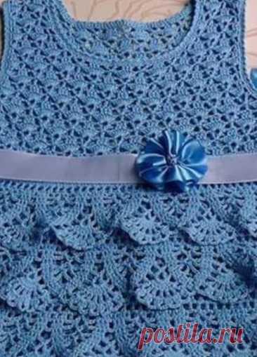 Чудесное платье для девочки, вяжем крючком